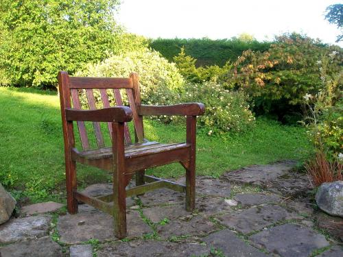 1_Empty_Chair.jpg