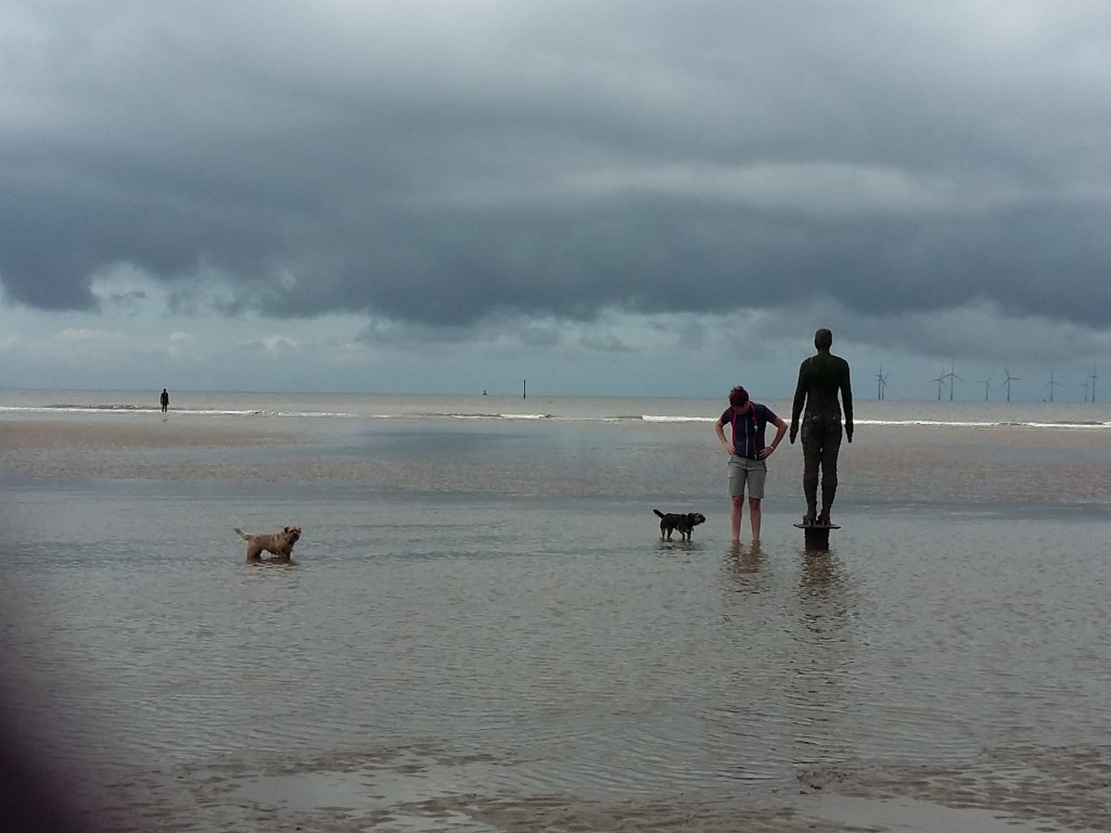 Sir Anthony Gormley 's Another Place, Crosby