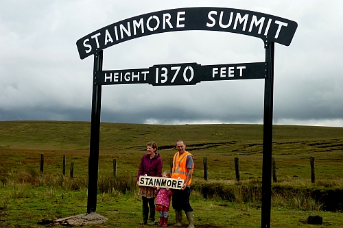 summit_sign1.jpg